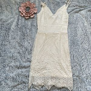 *Lulu's* Cream Lace Dress